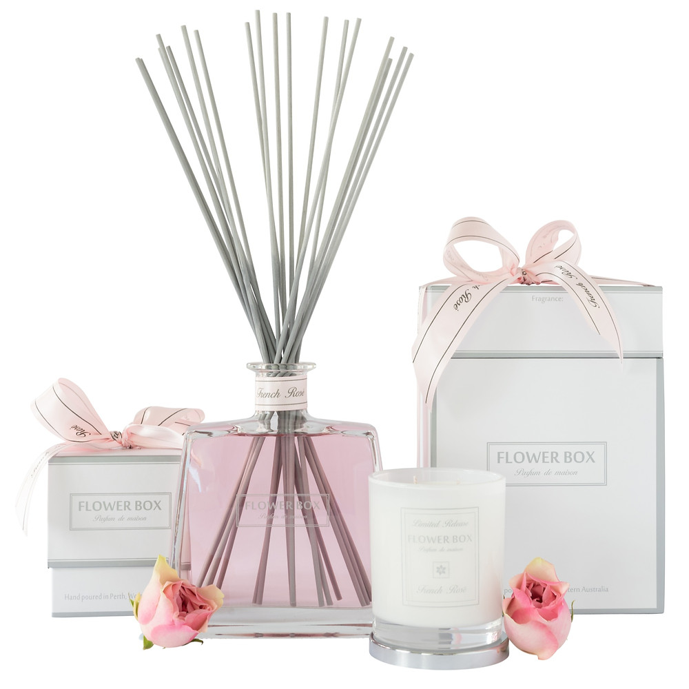 Hallmark Diffuser Luminous White Candle Limited Release Fragrance