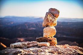 רוג'ום, טיולים בהרי אילת