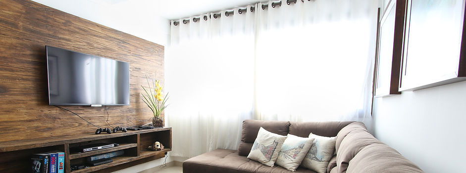 apartment-contemporary-couch-curtains-27
