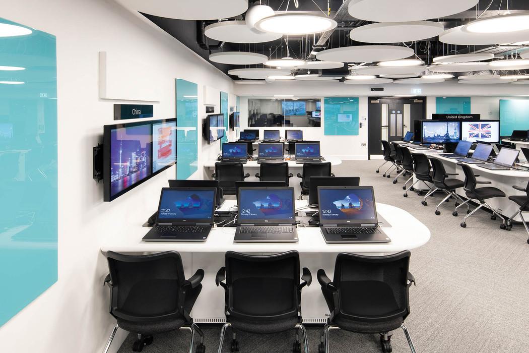 computerroom_web-res_008jpg