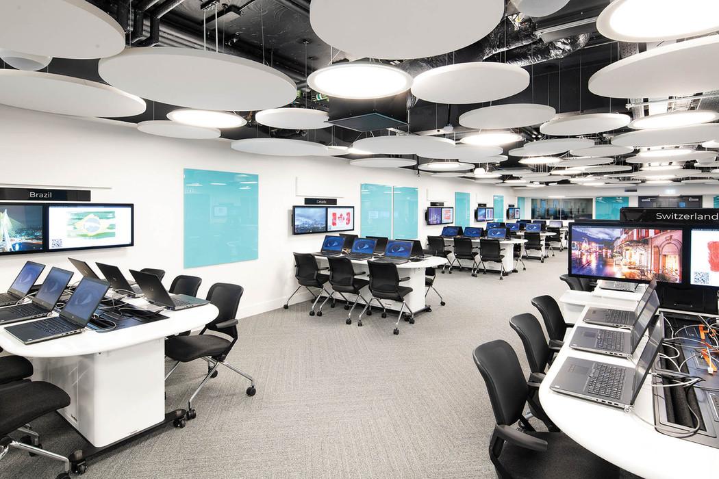 computerroom_web-res_007jpg