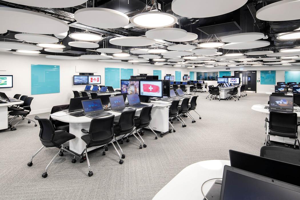 computerroom_web-res_005jpg