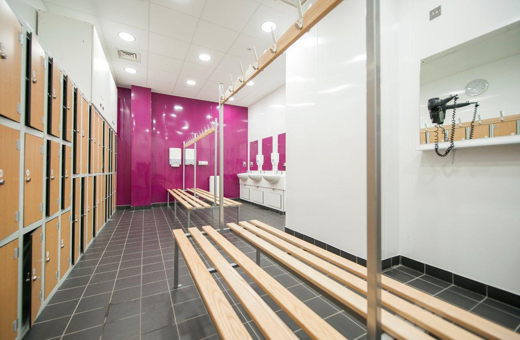 lbs-changing-rooms-2jpg