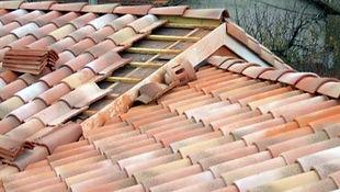 Exemple de toiture en cours de rénovation