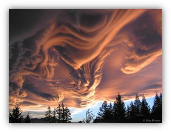 Asperatus Clouds Over New Zealand  Image Credit & Copyright: Witta Priester