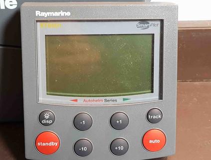 Raymarine ST 6001+.jpg