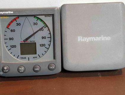 Raymarine ST60+ Wind.jpg