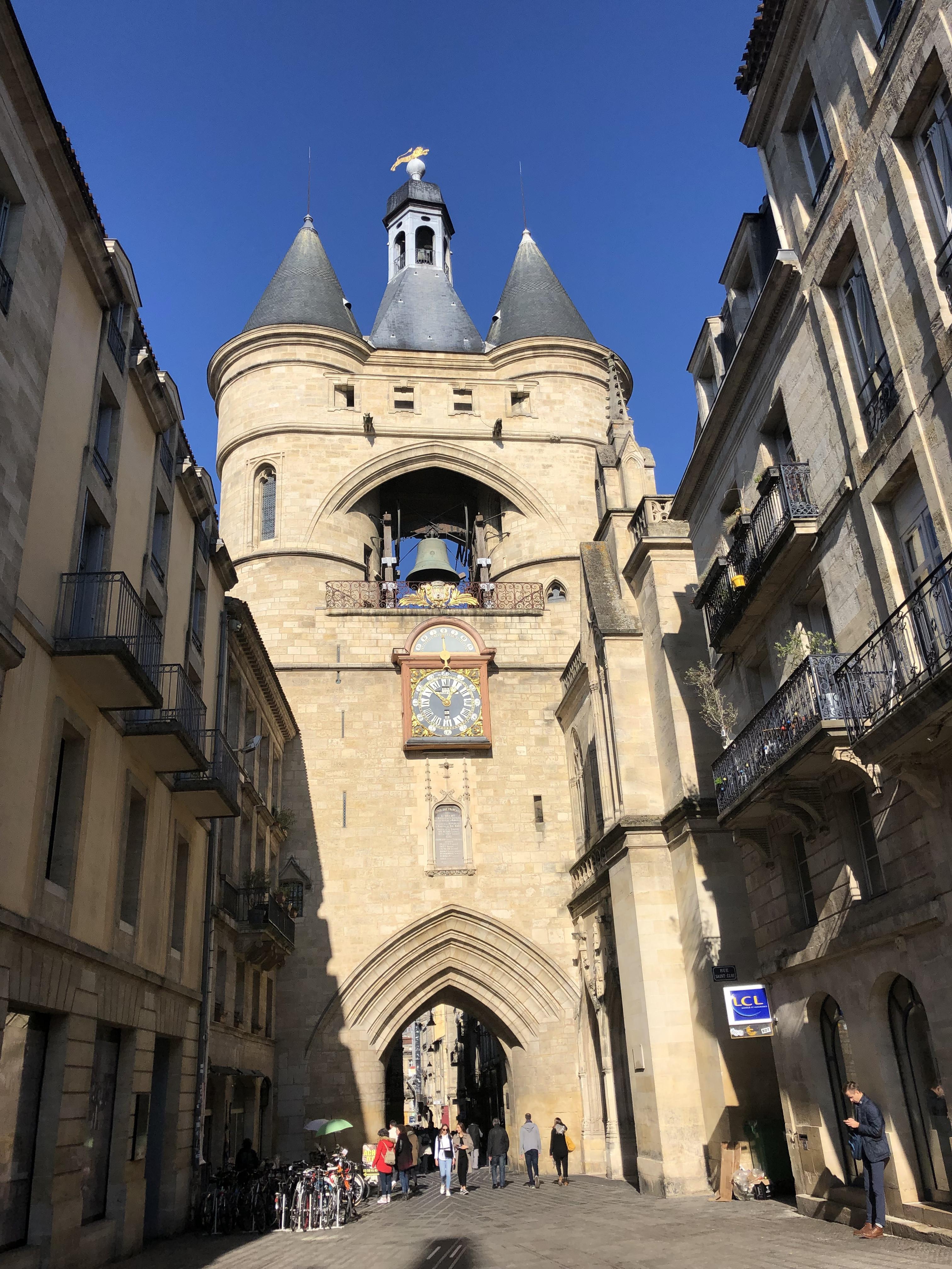 Historic Bordeaux Group Walking Tour