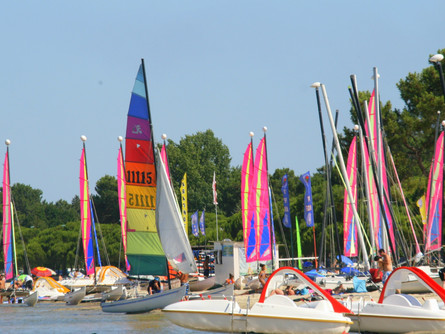 Sailing on Lac Hourtin-Carcans- Maubuisson-Gironde region France