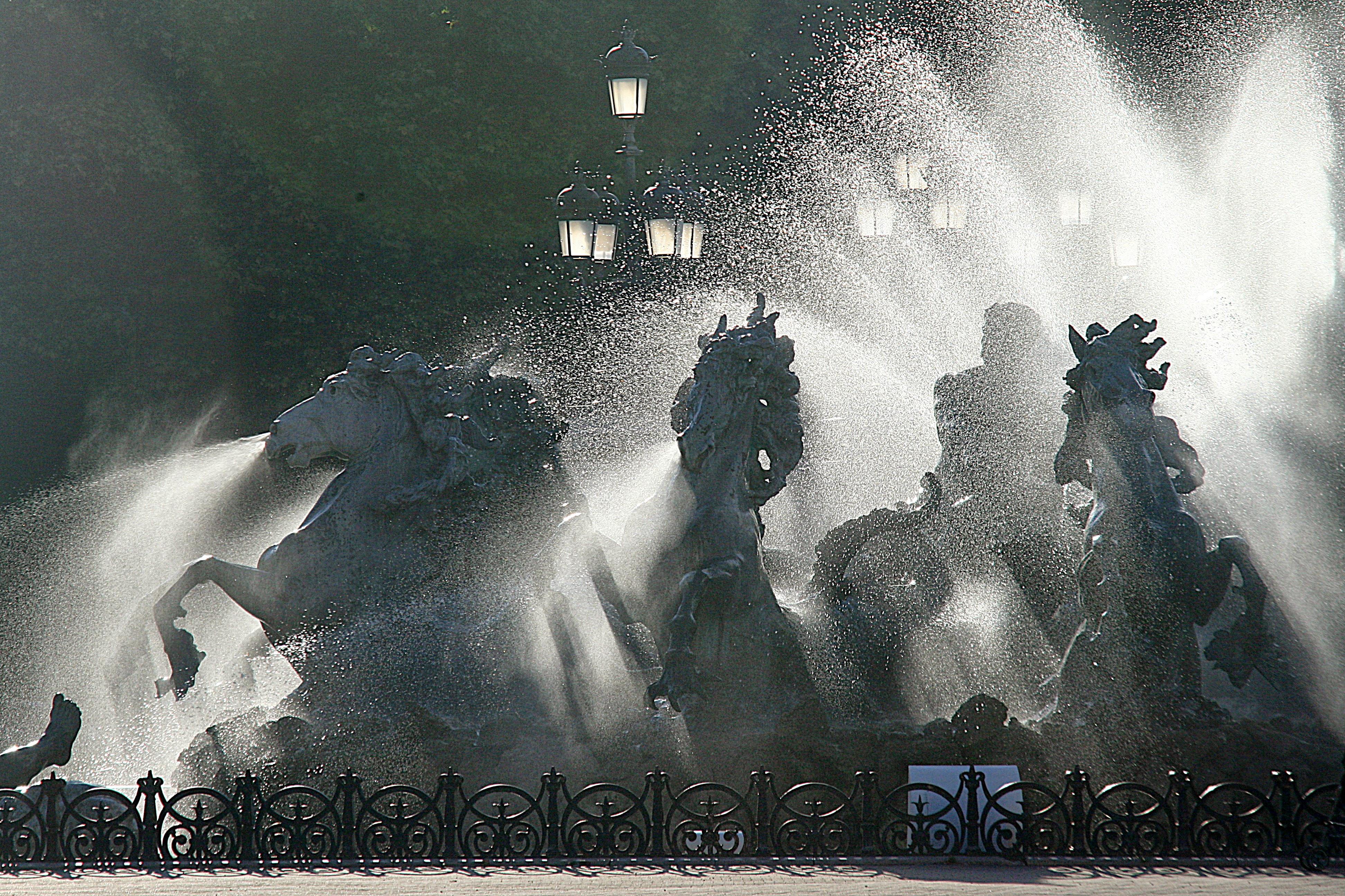 Monument des Girondions - Bordeaux.JPG