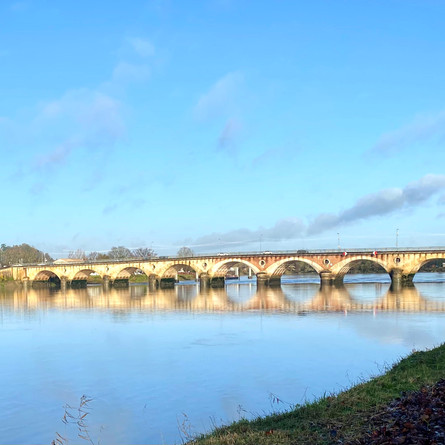Guest Post on Aquitaine Travel Guide - Libourne