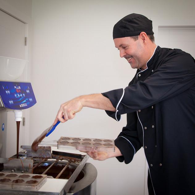 Gino making chocolates _ © Chocolates &