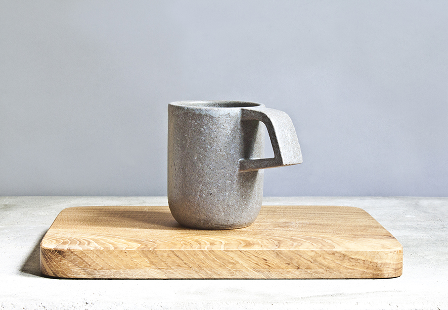 Pilkas matinis puodelis