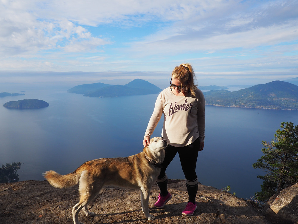 Tunnel Bluffs Hike   The proudest dog mom ever