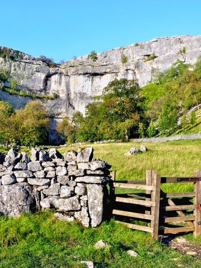 malham cove Yorkshire dales.jpg