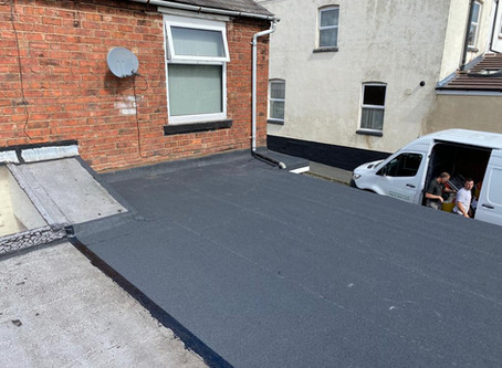Should you get a felt flat roof or a fibreglass flat roof?