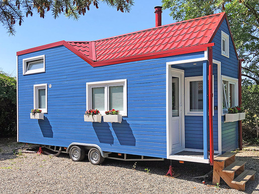 Family buys tiny home in excellent tiny school district