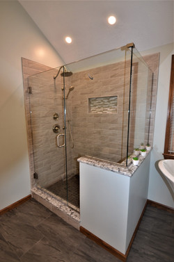 Custome Shower- Cranberry Twp.