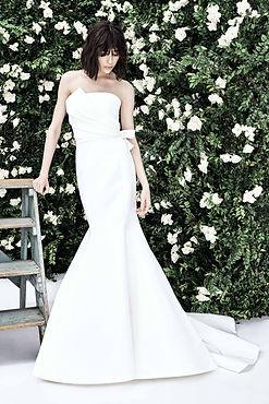 carolina_herrera_2020_spring_bridal_coll