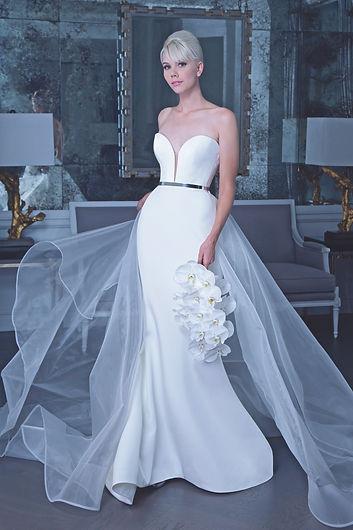 romona-wedding-dress-fall2019-02.jpg