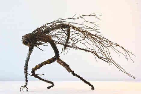 Tempest: sculpture en métal rouillé recyclé