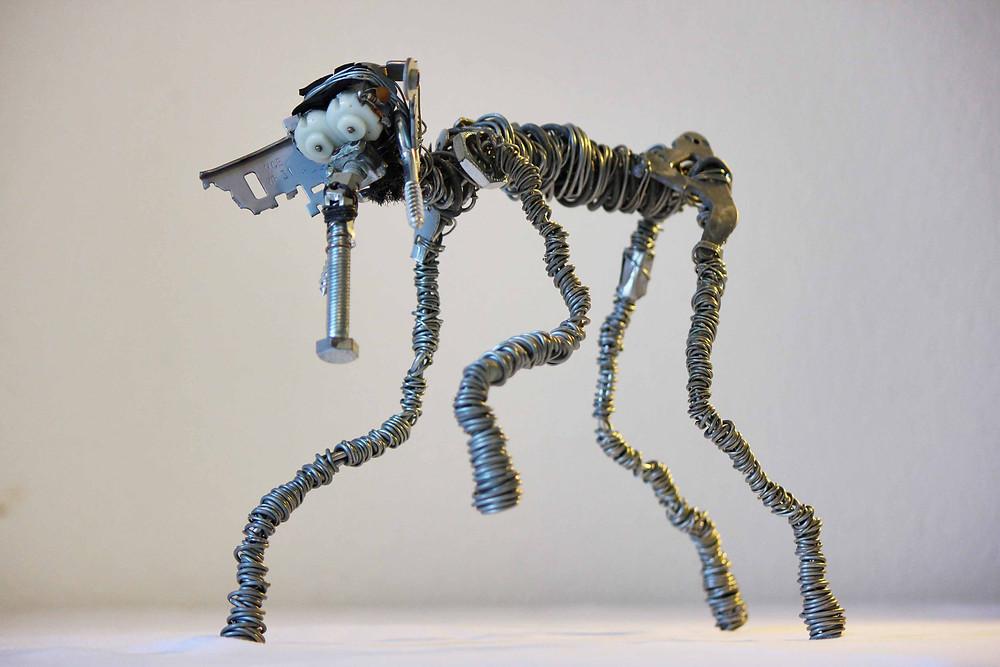 Sculpture art récup d'un éléphant réalisé à partir de fil fils de fer et métaux de récupération