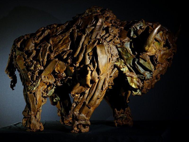 Sculpture en métal de l'artiste Pascal FRIEH représentant un bison