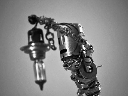L'évadé, sculpture de métal et de lumière