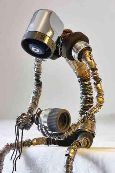 La Séparation: robot en pièces de récupération