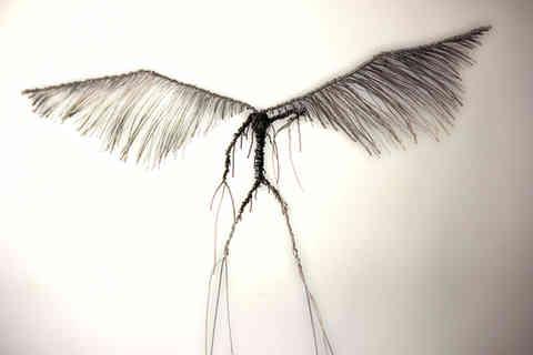 Ecorché: l'envol impossible d'un ange de métal