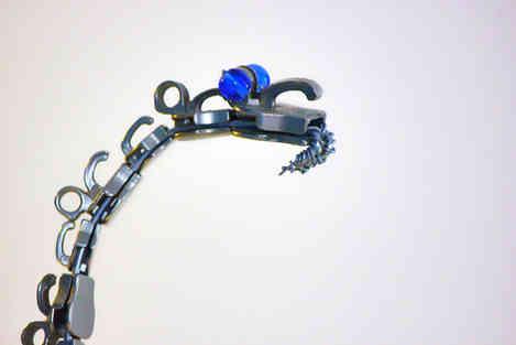 Squamate Blue: serpent en fermetures éclairs de récup