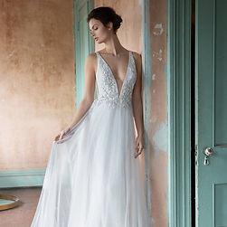 lazaro-bridal-spring-2019-style-3902-alm