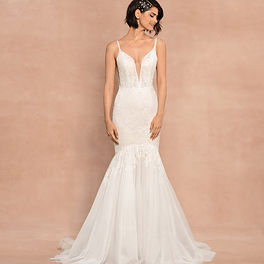 blush-hayley-paige-bridal-spring-2020-st