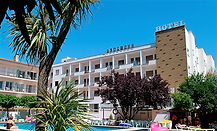 hotel piscina.png