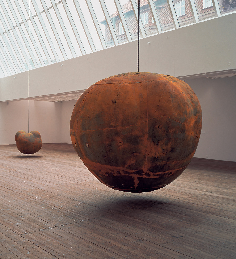 תערוכת אמנות של אנטוני גורמלי בלונדון