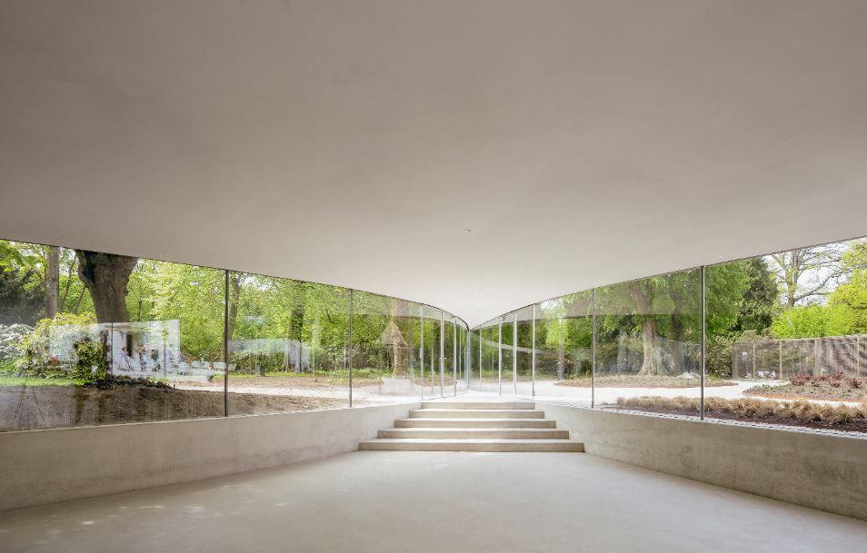 ביתן הקיץ של גלריית סרפנטין