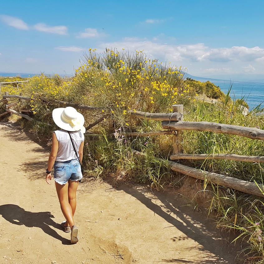 A beach walk along Capo di Sorrento