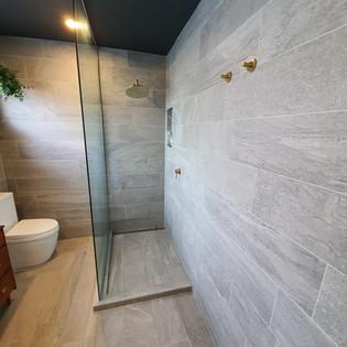 Cosmic Plumbing Bathroom Installation