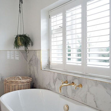 BATHROOM SHUTTER WINDOW