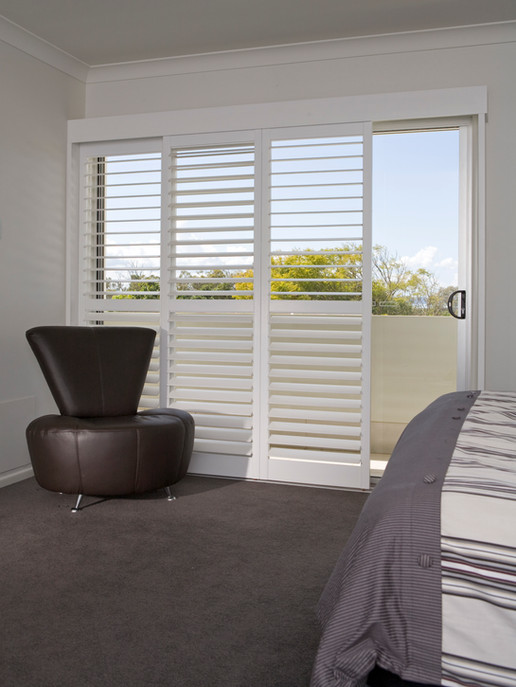 BEDROOM SLIDING SHUTTER