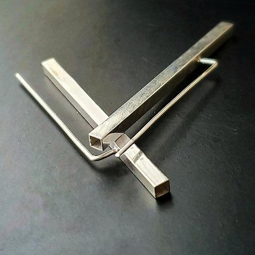 Scrd Geometry Earrings/ Long Hollow