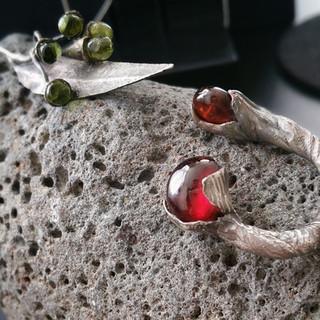 Dryad Garnett Ring