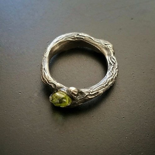 Dryad Bark and Bud (little) ring