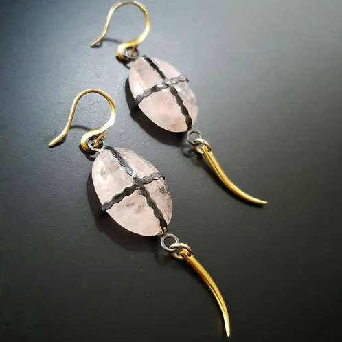 Golden Claw Earrings/ Morgana