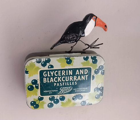 Bird Tin... Nigel the Toucan
