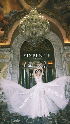Dress/ JE haute couture Photography/ SIXPENCE