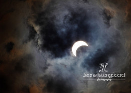 82117_solar eclipse_heart cloud