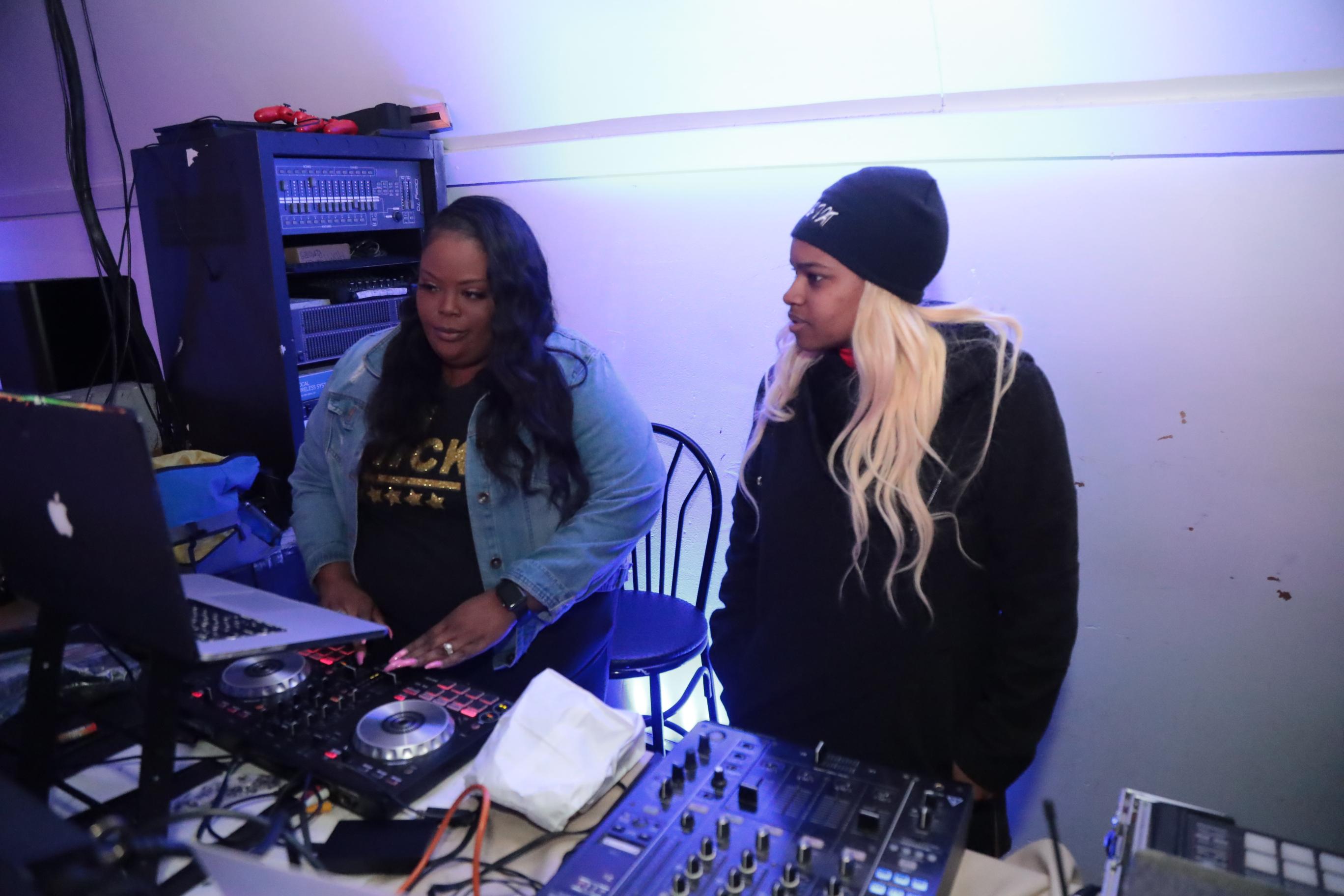 Dj Nicki J with Attendee
