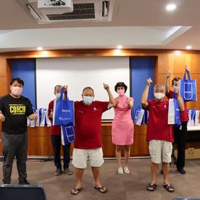 Distribution of #BlessinginABag to Tanjong Pagar Council Workers