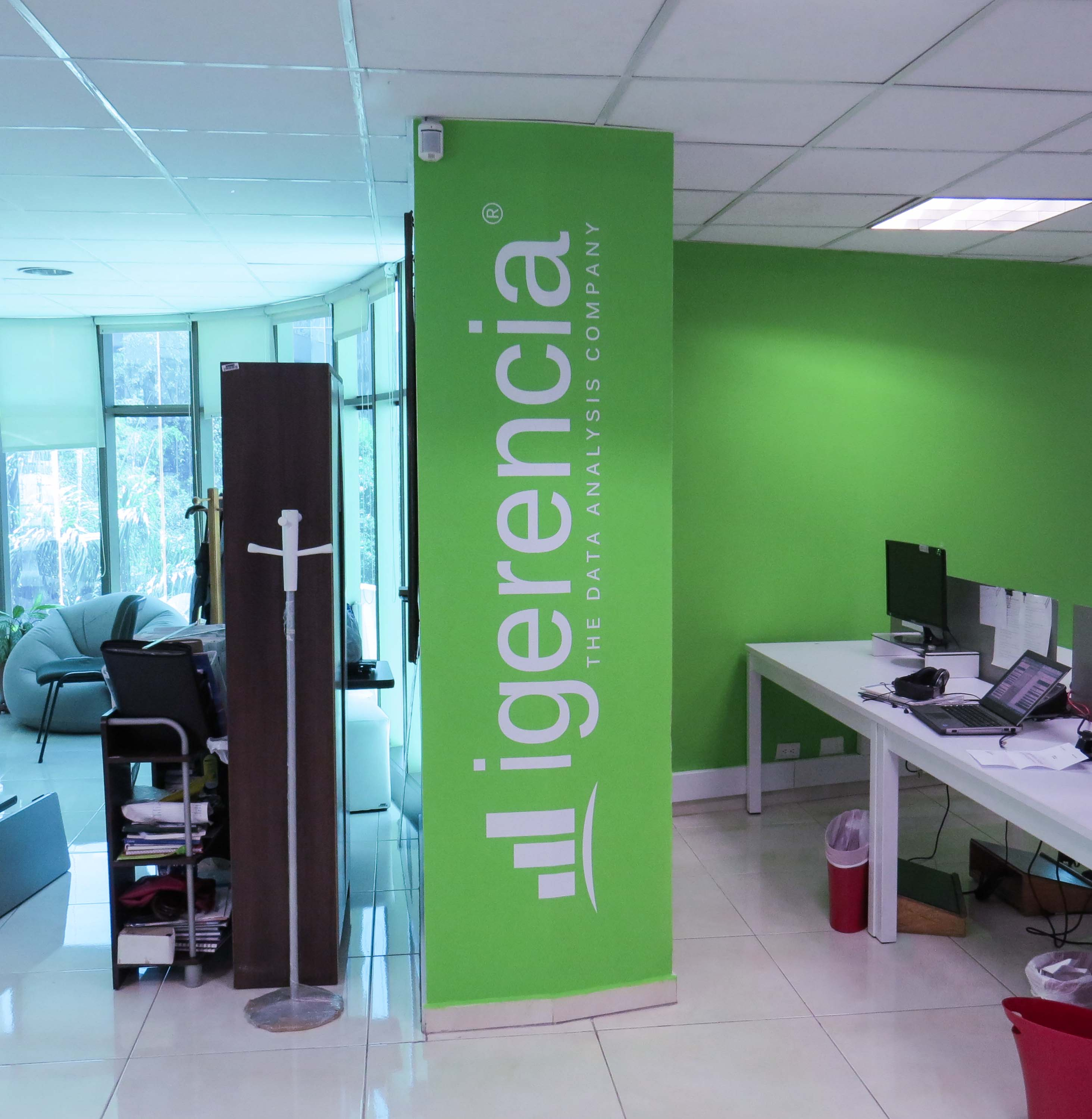 Vinilo decorativo Logo Igerencia